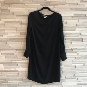 Aritiza Babaton Black Dress